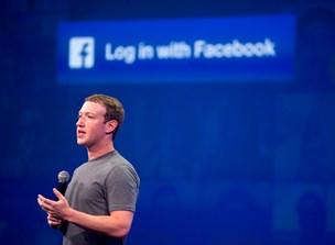 Facebooks chef indrømmer fejl og lover en bedre tjeneste