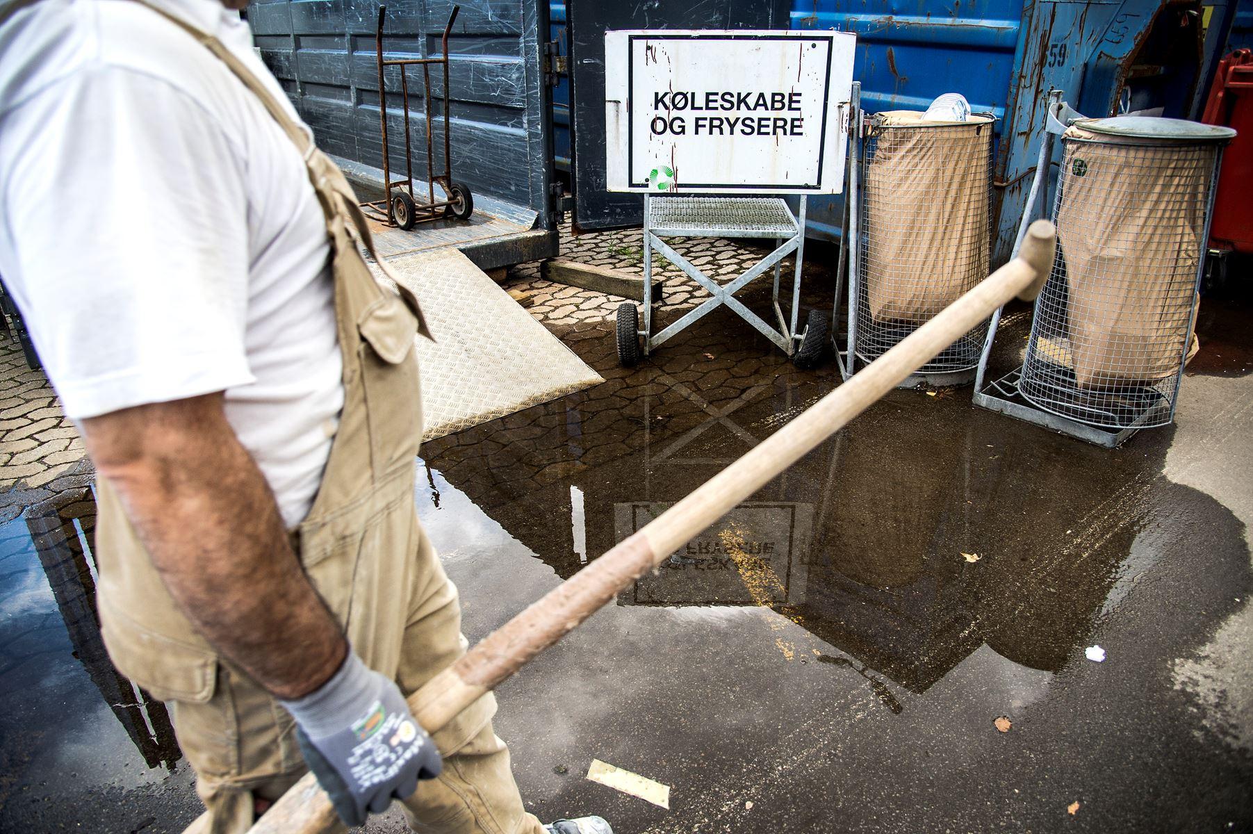 En strejke og lockout vil betyde, at affaldet i Aalborg Kommune hober sig op. Miljø- og byggesagsbehandling vil også være ramt