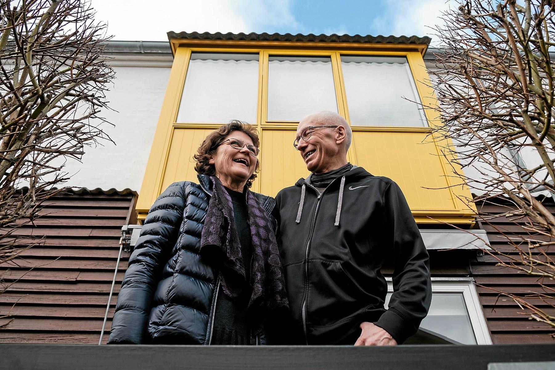 Vibeke og Jens, der skiftede det store hus ud med boligen i Vejgaard Bymidte. Parret har købt dette hus i Bymidten.