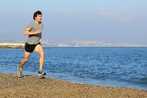 Det svære er typisk ikke at komme i gang med træning, men at fastholde motivationen, forklarer sportspsykologer.