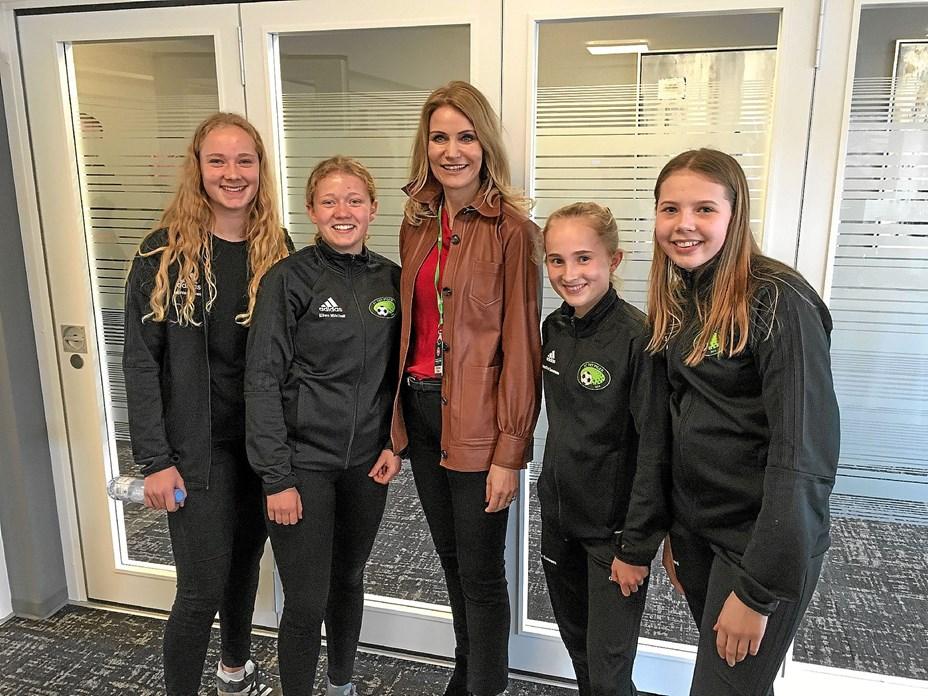 Thy-fodboldpiger mødte Helle Thorning Schmidt