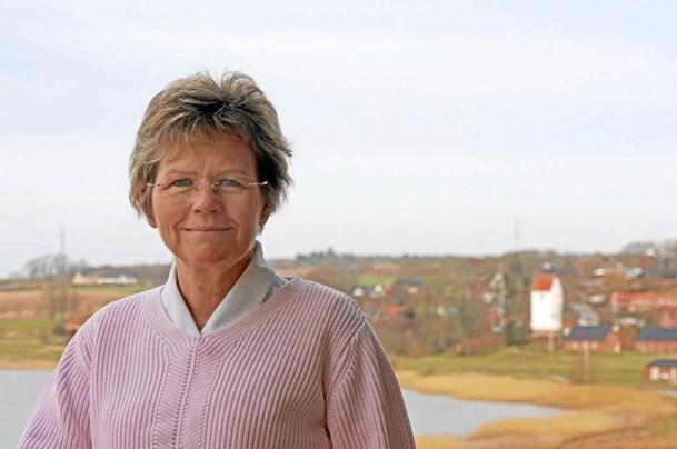 57-årig kvindelig præst på vej til Mariager