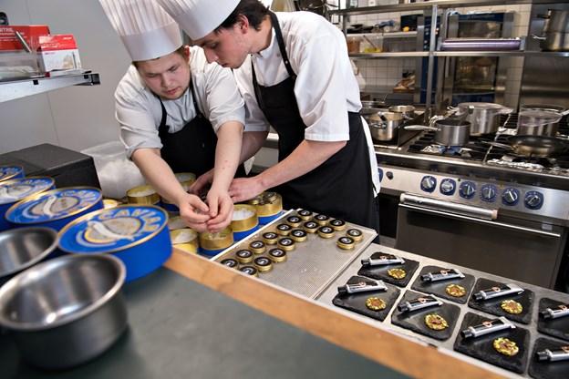 Her ses kokke fra Bryghuset Vendia, der hev sejren i land mod Studie 4.