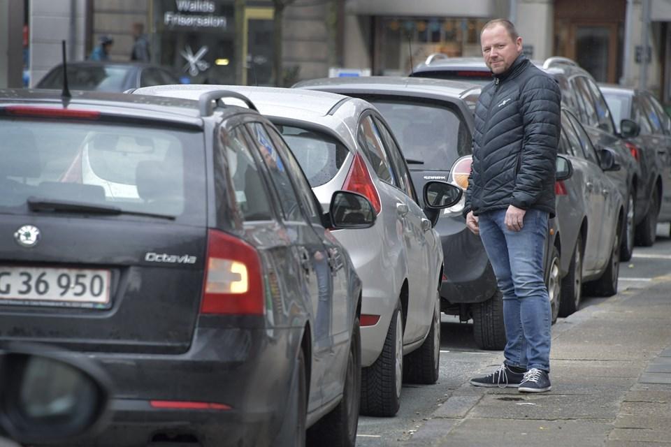 Formand for Hjørring Handel, Allan Sørensen ønsker snarlig handling, og han er åben for flere muligheder for at skabe mere flow på p-pladserne i midtbyen.