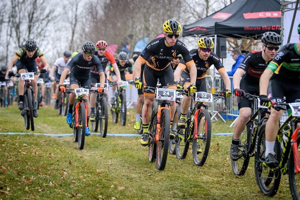 Morsingboerne Jonas Lemvig (24) og Carsten Pedersen (32) var med i det første UCI-løb for mountainbikere for Mors. Foto: Bo Lehm