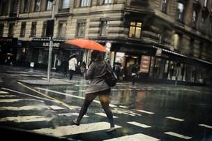 Ustadigt vejr vil præge apriluge med konstant vestenvind
