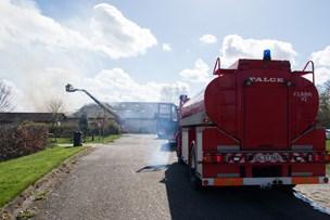 Indsatsleder: Kraftig ildebrand i autoværksted