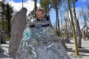 Granitmanden elsker sprækker i stenen
