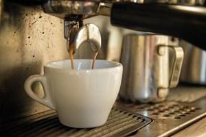 Koffein under graviditeten er forbundet med højere risiko for overvægtige børn, viser forskning.
