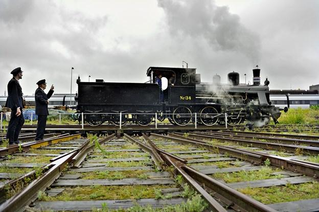 Den manglende driftstilladelse til at køre med veterantoget er i den grad kommet Limfjordsbanen på tværs.