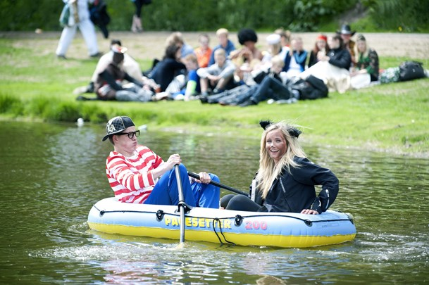 Slut med alkohol i Folkeparken - nu skal elever feste i sommerland