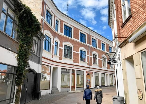 Ejendomsselskabet med Gert Jensen som direktør er ved at lægge sidste hånd på totalrenovering af Stokbrohus.