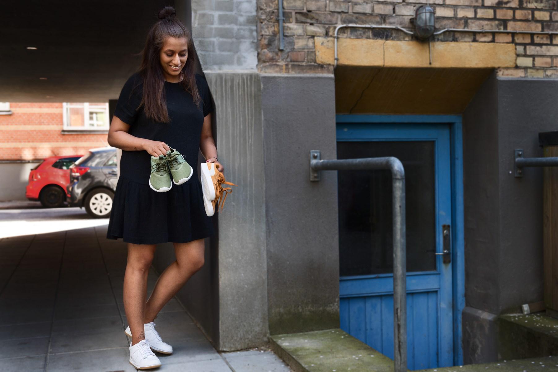 28-årige Ida Rekha er arrangøren bag det nye marked med sneakers og streetwear.