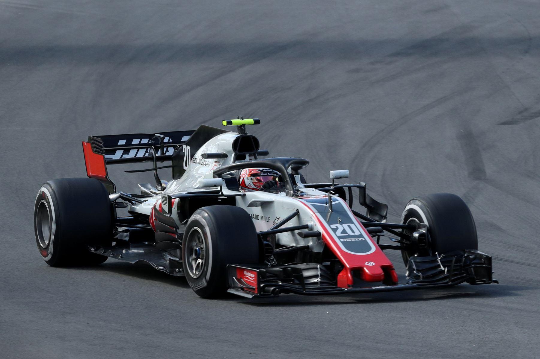 Kevin Magnussen mener, at Haas i alle løb skal lægge sig lige bag de tre bedste teams i Formel 1.
