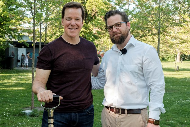 AKKC's direktør Nicolaj Holm sammen med Jeff Dunham. Foto: Lasse Sand