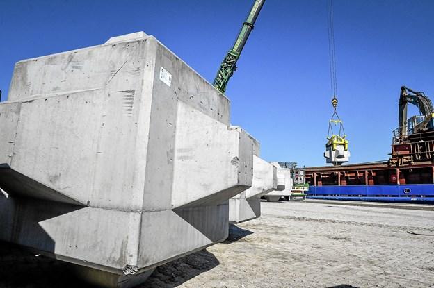 De patenterede spanske betonklodser er blevet grundigt testet på Aalborg Universitet forud for havnebyggeriet i Hanstholm.Foto: Ole Iversen