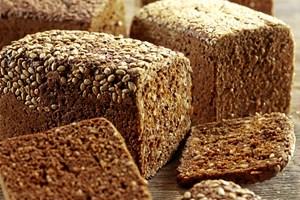 Omkring frokosttid er som regel også det tidspunkt på dagen, hvor vi er mest aktive. Derfor er det vigtigt, at der er substans i kosten, siger ernæringsekspert.