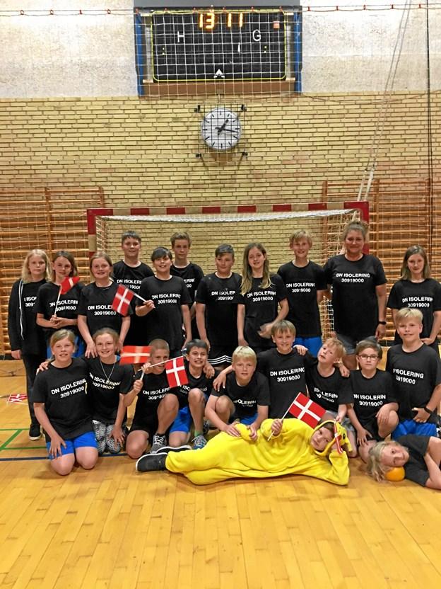 5.B på Højene skole havde kvalificeret sig til Danmarksmesterskabet i høvdingebold, der foregik den 15. og 16. maj i Støvring.