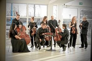 Orkestermusik og fællessang i Biecentret