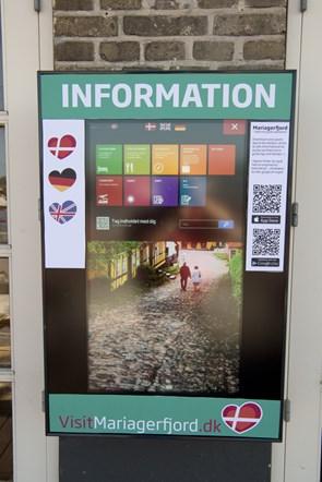To nye touchskærme med tips til turister