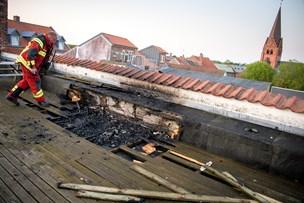Hygge endte galt: Grill startede brand på hustag