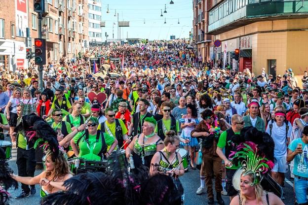Politi: Så høj er sikkerhed under karnevalet i Aalborg