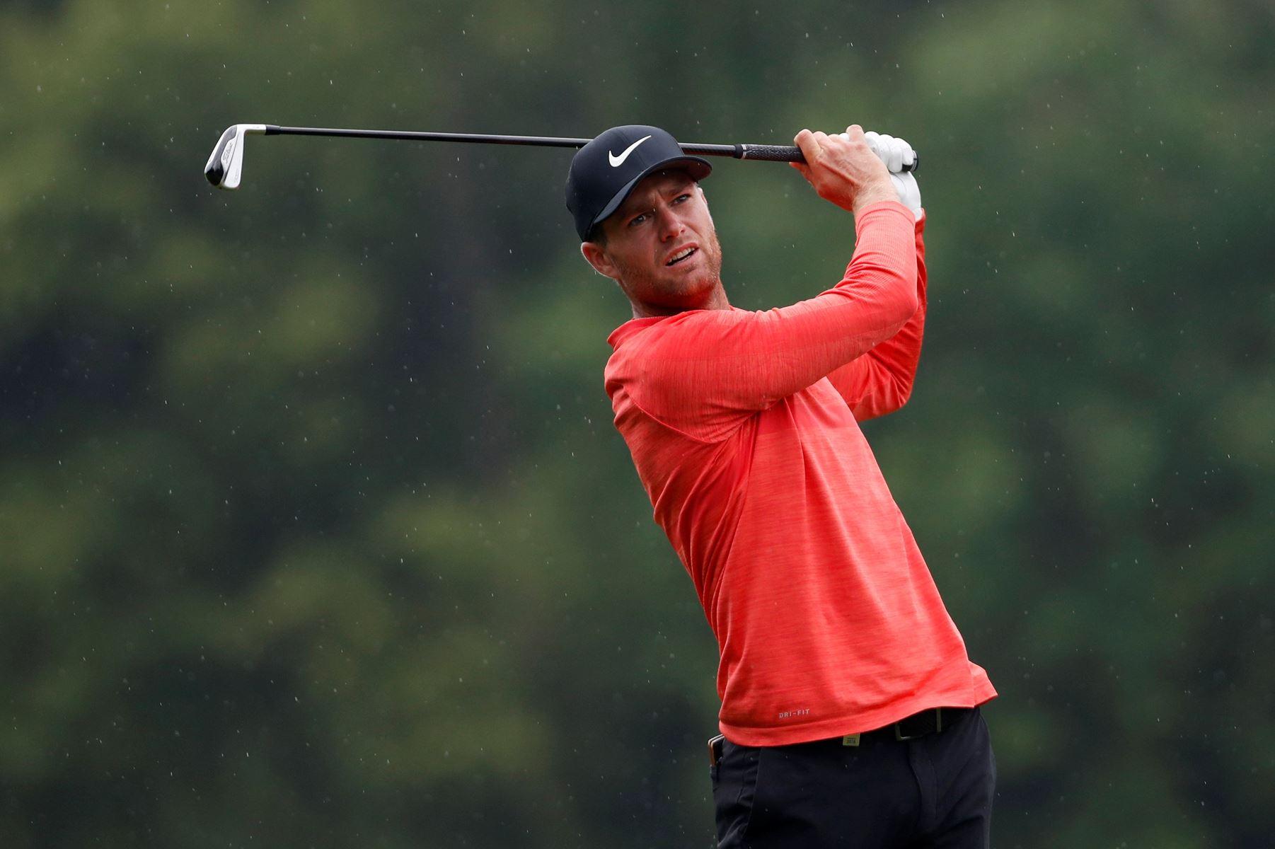 Syv birdies på første runde sendte Lucas Bjerregaard alene i spidsen af PGA Championship på Wentworth.
