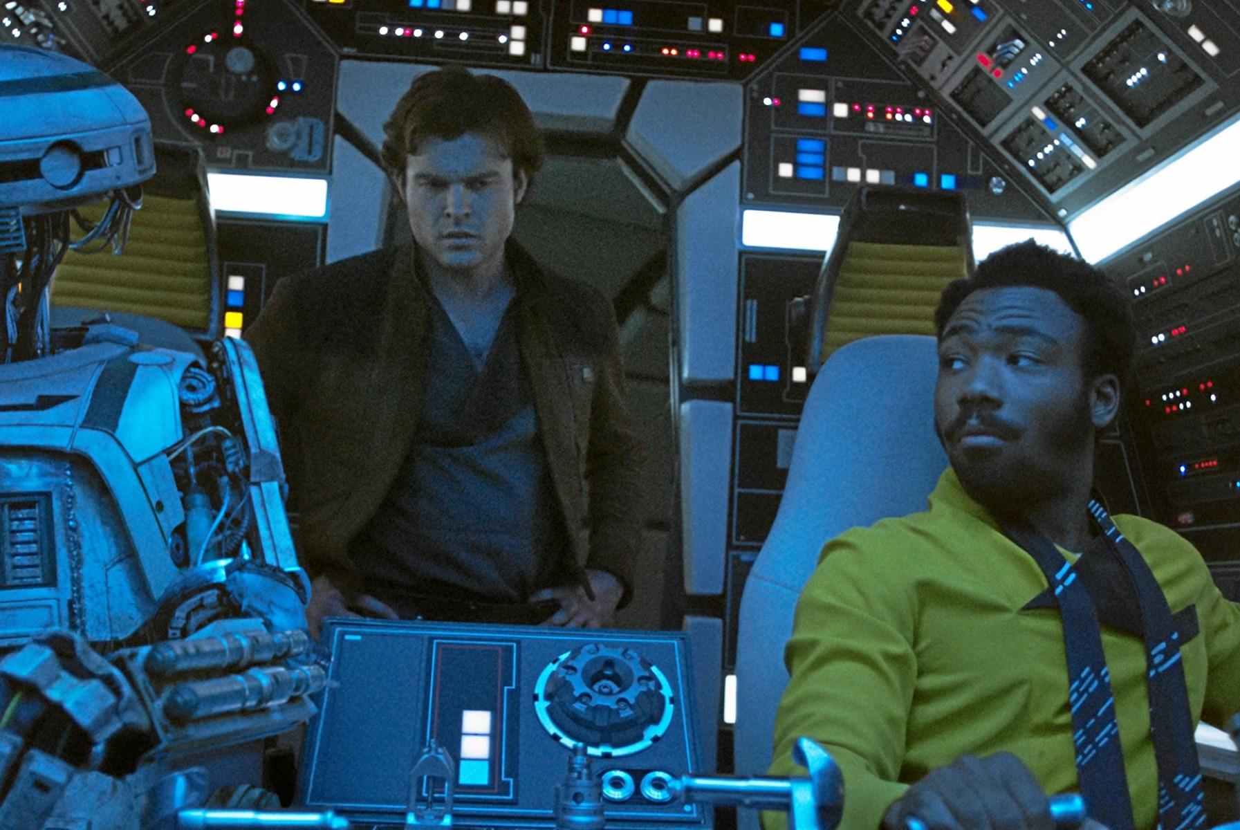 Star Wars-film skuffer: Den løfter sig aldrig til andet end en gennemsnitlig bankrøverfilm