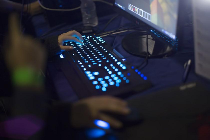 Vil du gerne finde den perfekte gamingcomputer til dine behov, kommer to computereksperter her med deres råd til, hvad du bør kigge efter.