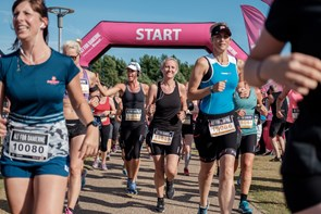 Løbefest i Nørresundby: 2000 kvinder klar