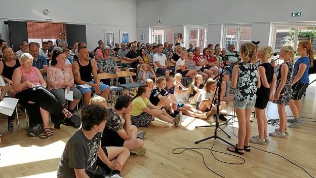 Kulturhuset i Arden var stuvende fuldt til Sommerkoncerten. Foto: Privat