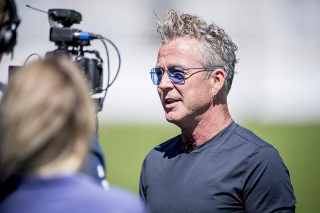Helmigs VM-sang får ikke anmelderne op at stå | Nordjyske.dk