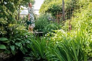 Maria har en af Aalborgs skønneste haver