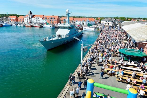 Søværnets patruljefartøj gæster fiskefestivalen