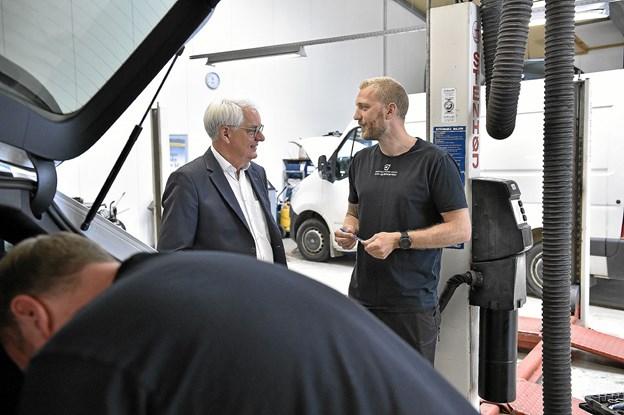 Vi har konstant stigende aktiviteter i vores moderne autoafdeling, fortæller Anders Stignæs. Foto: Ole Iversen