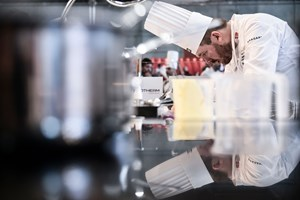 Kenneth Toft-Hansen får bronze ved det uofficielle europamesterskab for kokke i den italienske by Torino.