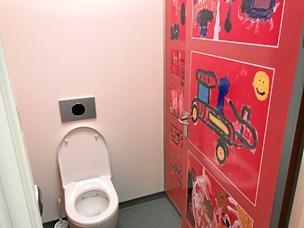 På Toppedalskolen er det nu helt rart at gå på toilet