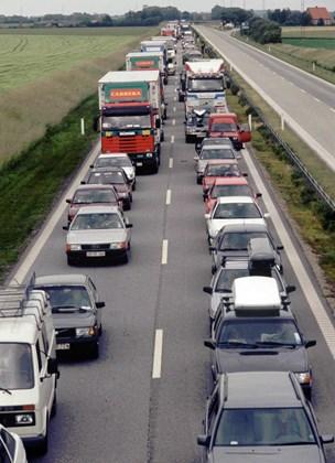 Minister-ja til at undersøge nordligere motorvej