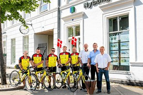 Thyboer cykler til Paris