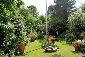 Haveselskab besøger haver