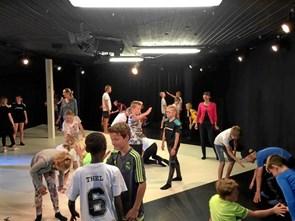 Børn dansede på teater i Hobro