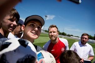 Danske VM-spillere indlogeret i turistparadis: Base midt i en russisk oase