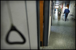 Nordjyske sygehuse skal spare 44 millioner: Frygter det går ud over personalet