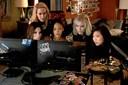 """Kvinder som udspekulerede storsvindlere i """"Ocean's 8"""": Patetisk og uoriginalt"""