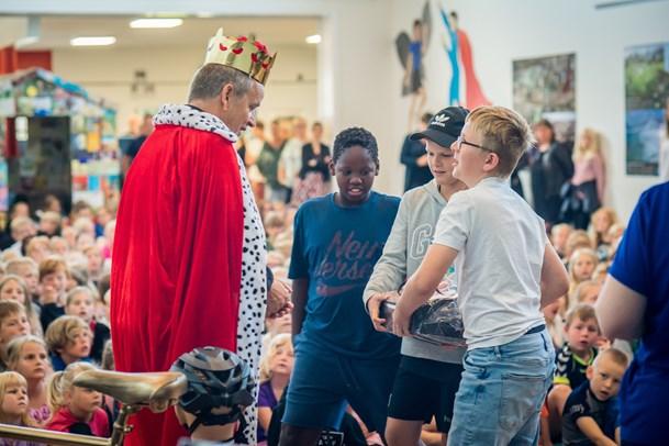 Skoleleder takker af: Allersidste dag som konge i Valsgård