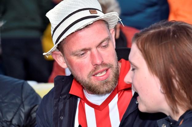 Du er ret vild med min hat ..ikke….Foto: Ole Iversen