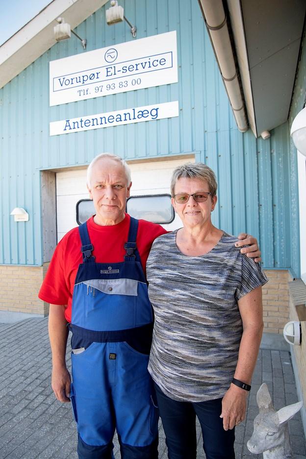 Tonny og Birthe Sørensen fejrer 1. juli 25 års jubilæum med Vorupør El-service.