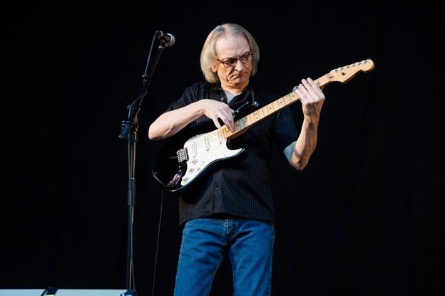 Sonny Landreth gav publikum en oplevelse med de lange soloforløb. Foto: Lasse Sand