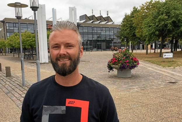 Vi kan næppe være på Rådhuspladsen, men kniber det så tager vi P-pladsen ved Fasanvej i brug, siger arrangør Sune Holm.