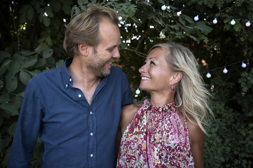Sangerinden Maria Montell og instruktøren Tomas Villum Jensen kunne fredag fejre en skelsættende mærkedag.